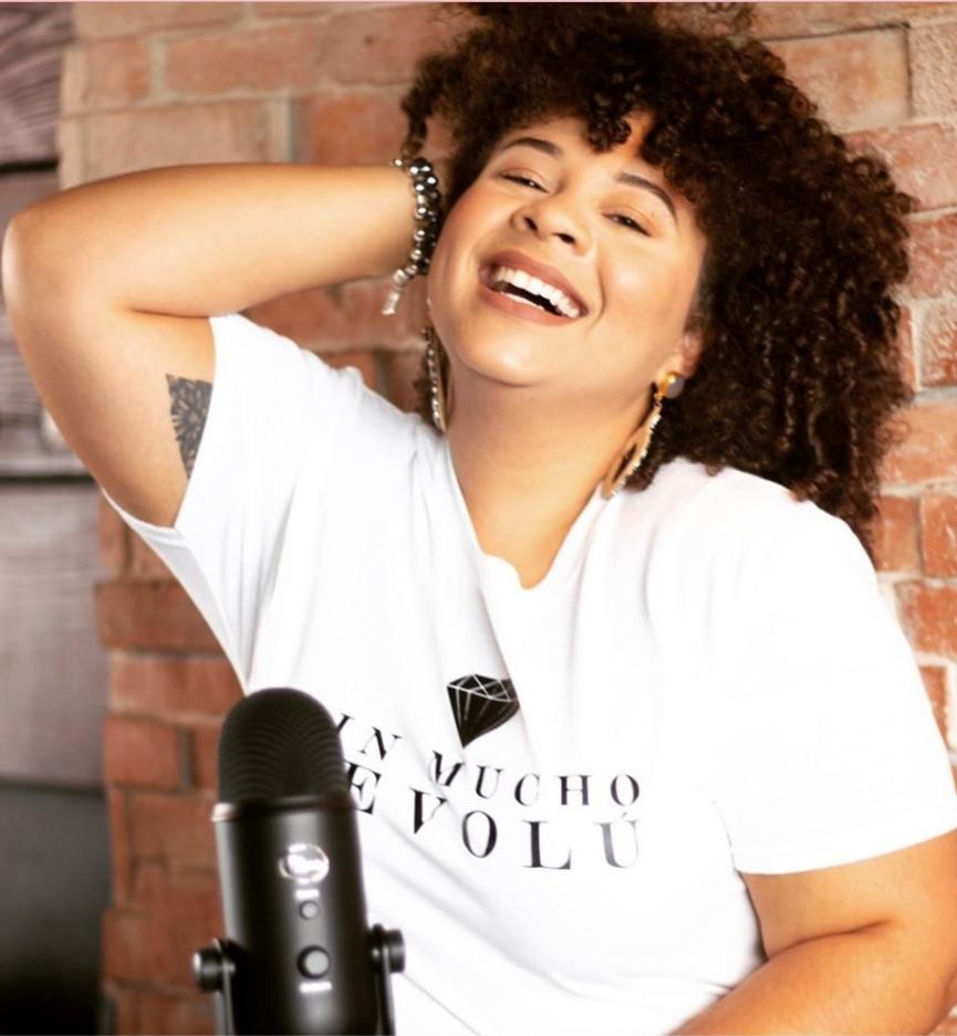 Noelia Zoe creadora de Sin Mucho Revolu